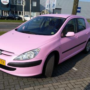 pink-car-wrappen